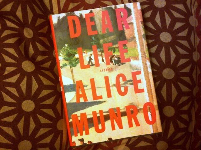MUNRO - Dear Life 01