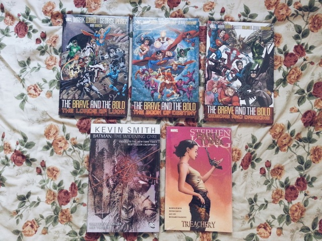 HAUL — Fully Booked Comic Book Day May 2014 03